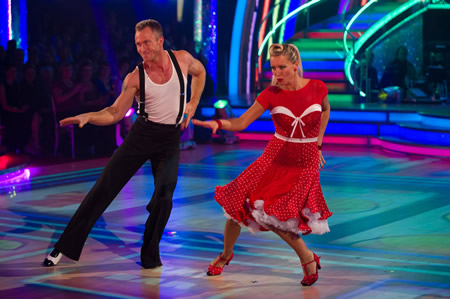 denise van outen strictly come dancing week 2 james jordan