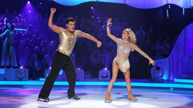Matt Lapinskas Brianne Delcourt Dancing On Ice 2013 (image courtesy ITV)