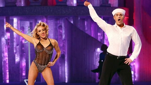 Hats off to Matt Lapinskas and Brianne Delcourt performing in week 8 of Dancing On Ice