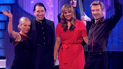 Jules Holland and his Rhythm and Blues Orchestra on Dancing On Ice