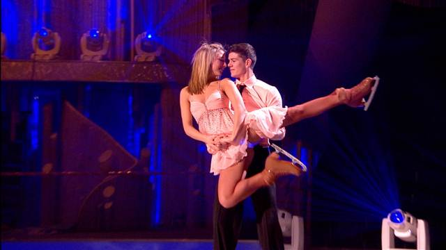 Luke Campbell and Jenna Smith Perform In Week 5 Of Dancing On Ice