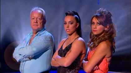 Team Beth ready for the Team Challenge of Dancing On Ice Week 7 (Image courtesy of ITV)