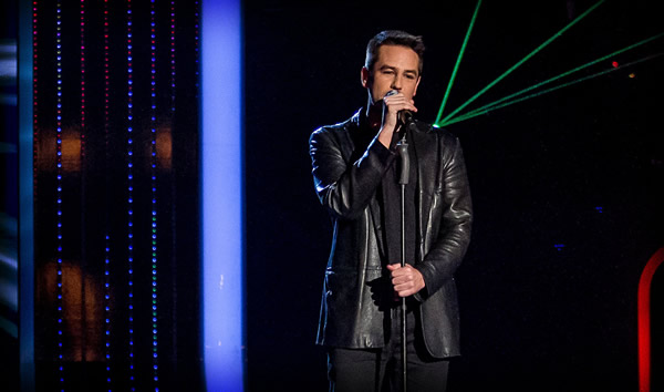 Anthony Kavanagh performs on The Voice 2
