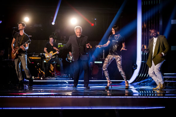 Danny O'Donoghue, Tom Jones, Jessie J, and Will.i.am open Series 2 of The Voice