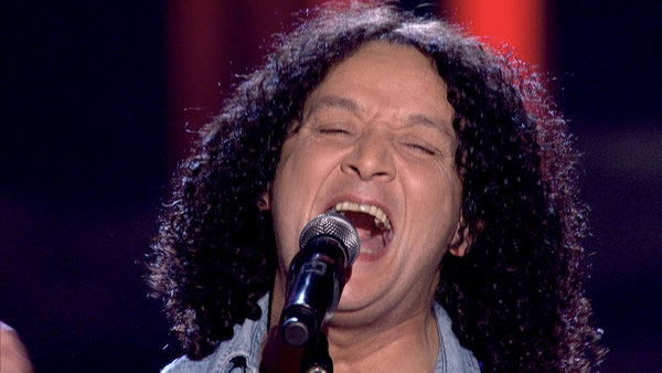 Barry James Thomas: The Voice 2013 - Barry-James-Thomas-performs-on-The-Voice-2
