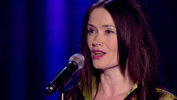 Carla performs on The Voice 2013