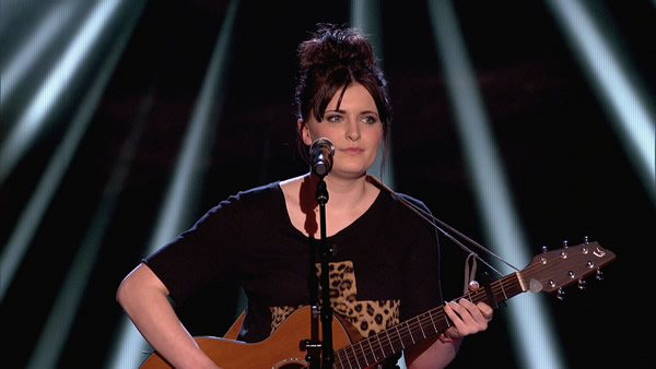 Emily Worton performs on The Voice 2013