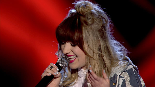 Leah McFall performs on The Voice 2