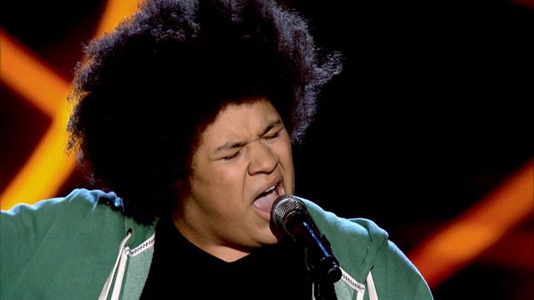 Lemuel Knights performs on The Voice 2