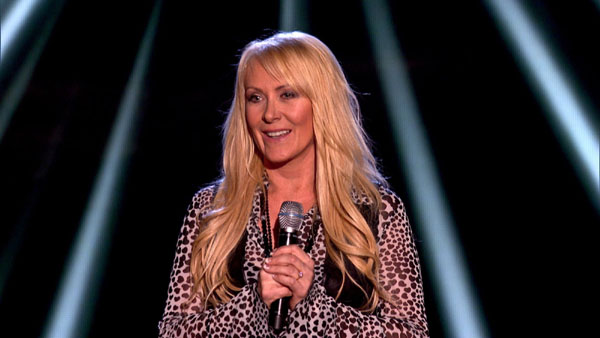 Lorraine Crosby performs on The Voice 2