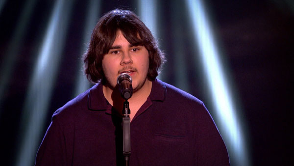Nick Dixon performs on The Voice 2
