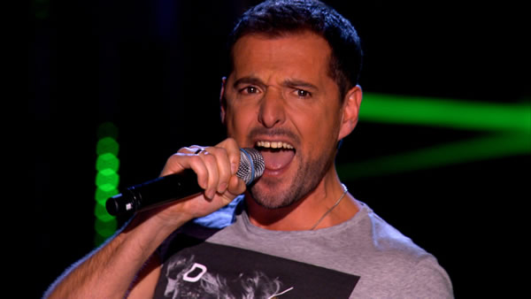 Ricardo Afonso performs on The Voice 2013