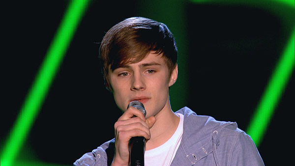 Tom Gregory performs on The Voice 2013
