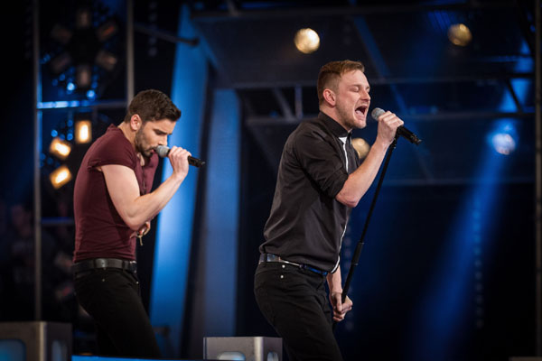 Battle - Sean Rumsey v Paul Carden (Team Danny) The Voice 2013