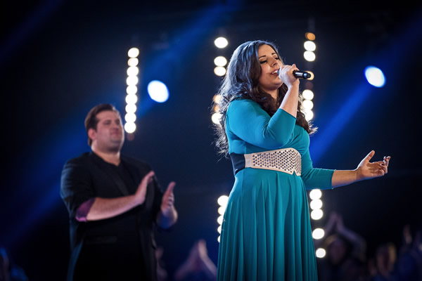 Alys Williams performs on The Voice 2013 in the Knockouts