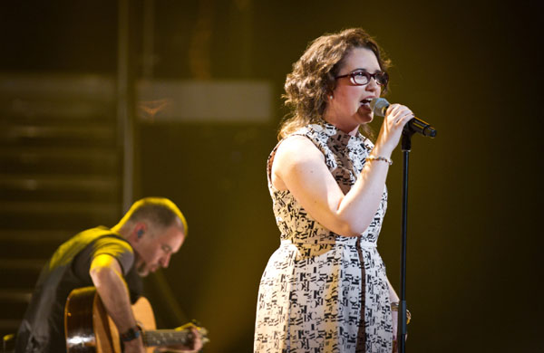 Andrea Begley performs in the quarter finals of The Voice 2013