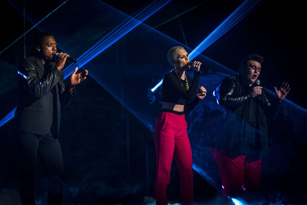Matt Henry, Jessie J and Ash Morgan perform in the semi final of The Voice 2013