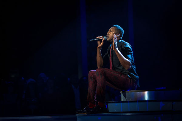 Matt Henry performs in the semi final of The Voice 2013
