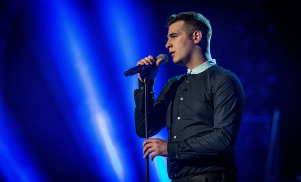 Mike Ward performs his favourite song of the series in the final of The Voice 2013