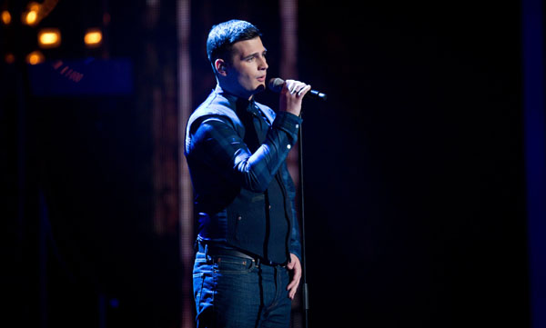 Mike Ward performs in the quarter finals of The Voice 2013