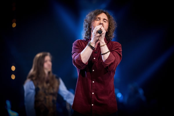 Ragsy performs on The Voice 2013 in the Knockouts
