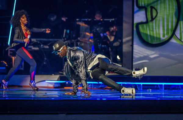 Team Will.i.am perform in the semi final of The Voice 2013