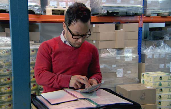 Jordan Poulton Selecting Houseware Products In Episode 10 Of The Apprentice 2013